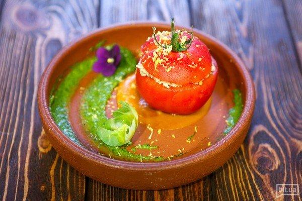 Фаршированные тунцом томаты - 150гр, 79грн