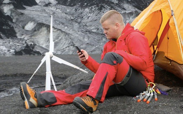 portable-wind-turbine-power-station-trinity-Agustsson-4