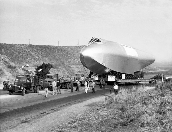Spruce Goose Hull On The Move