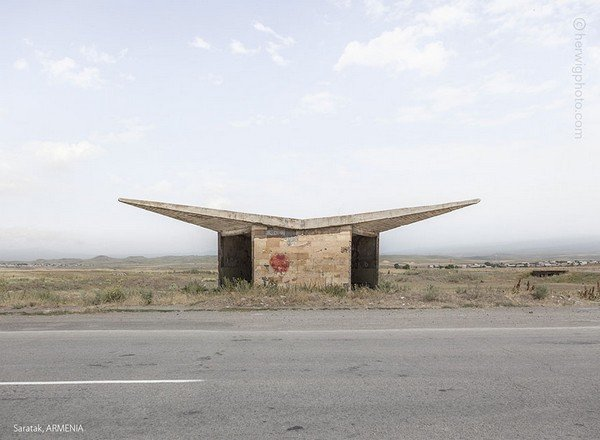 strange-beautiful-bus-stops-soviet-christopher-herwig-25