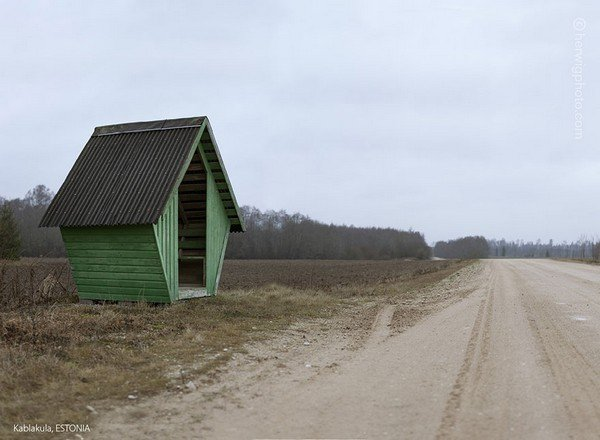 strange-beautiful-bus-stops-soviet-christopher-herwig-43