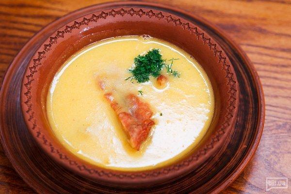 Гороховый суп с домашними копченостями - 300 гр, 75 грн