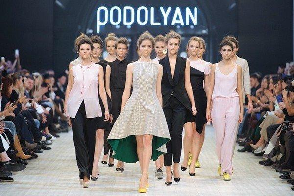 PODOLYAN_ss16-1