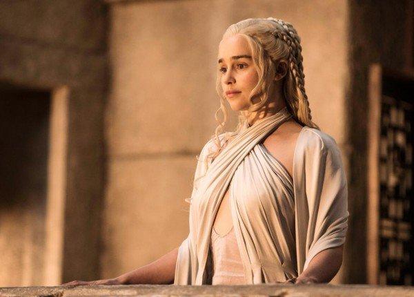 150918_EM_EmmyBosses_Targaryen