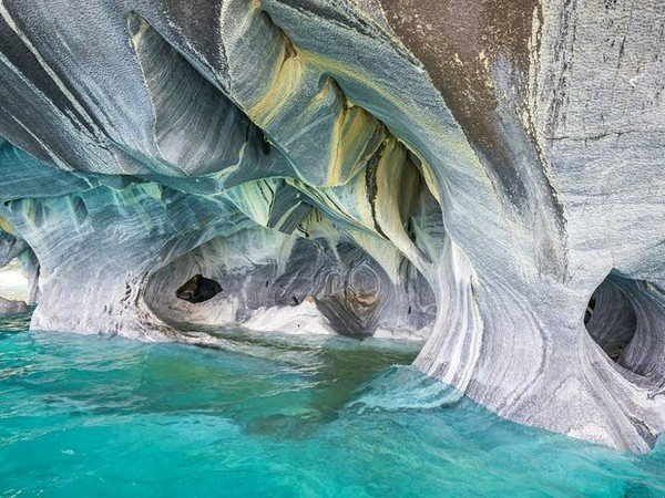 56344415ee1172612dd4fa5e_marble-caves-general-carrera-lake-chile-cr-alamy
