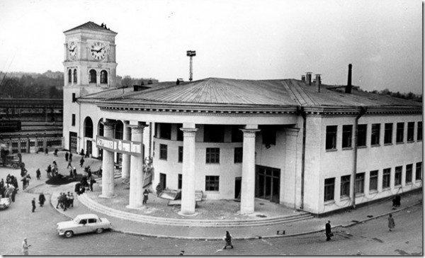 Загальний-вигляд-станції-метро-Вокзальна