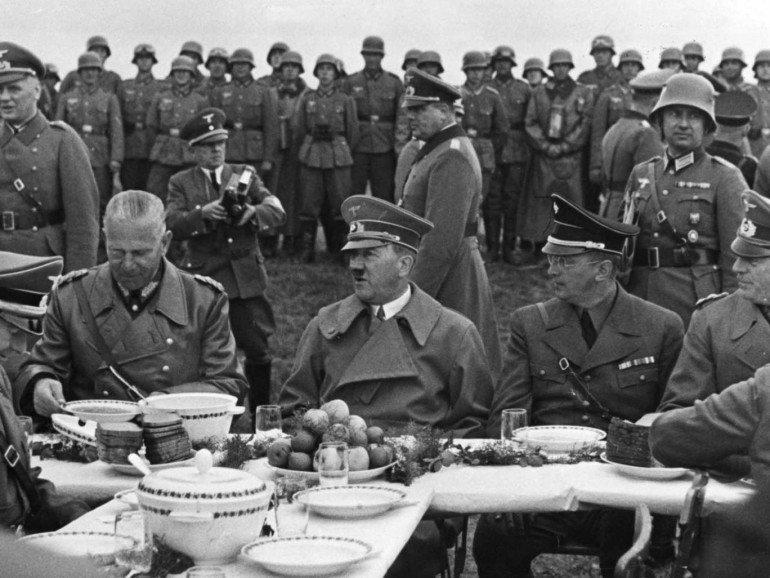 Обеды диктаторов книга скачать
