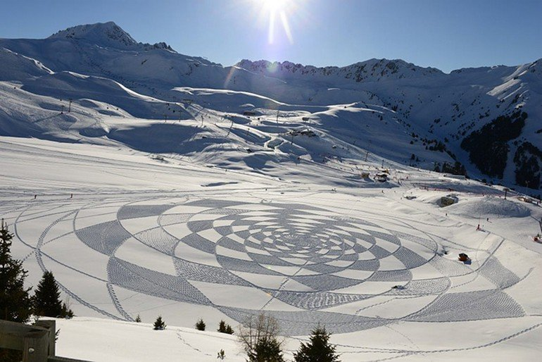 snow-dragon-land-art-siberia-simon-beck-drakony-15