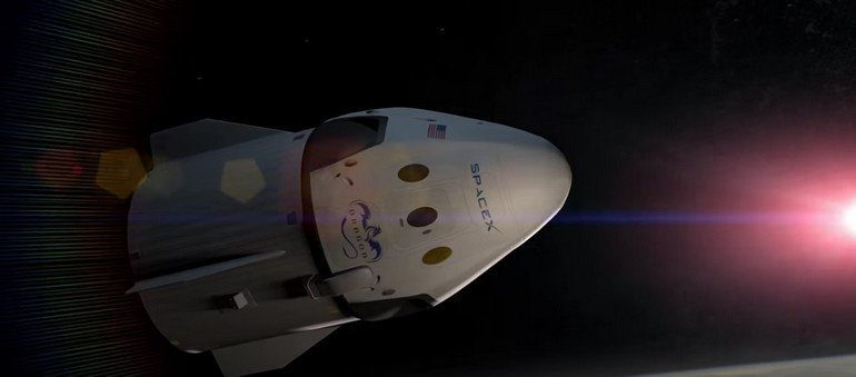 the-capsule-has-four-windows-and-is-designed-to-seat-up-to-seven-astronauts