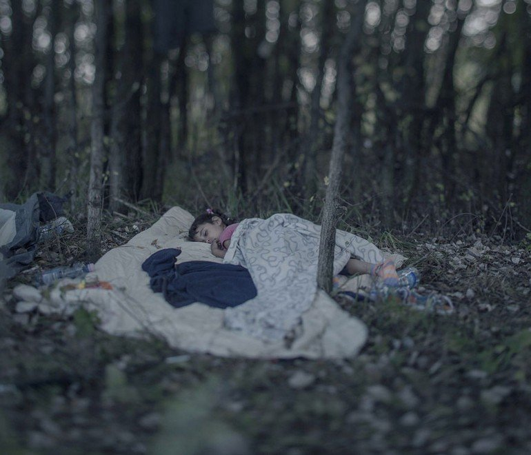 where-children-sleep-syrian-refugee-crisis-photography-magnus-wennman-14