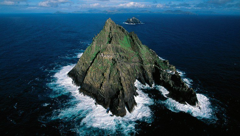 150831161511-fall-travel-skelligs-exlarge-169