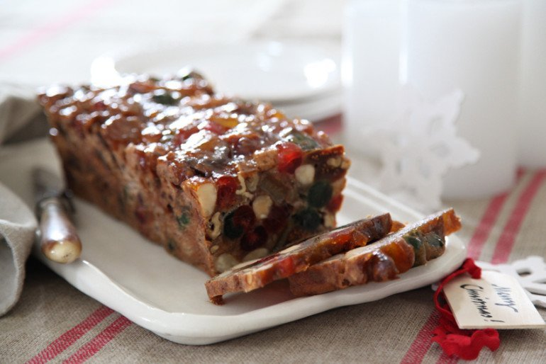 Annabel-Langbein-Christmas-cake-1