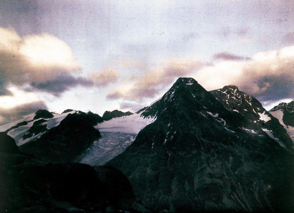 Mountain peaks, 1925.