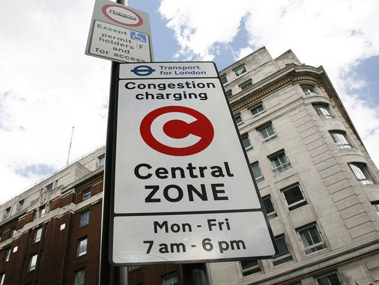 522_London_Congestion_Charge_sign-800