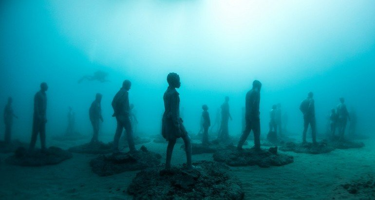 Jason_deCaires_Taylor_sculpture-02634-e1454694142175
