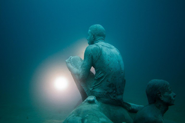 Jason_deCaires_Taylor_sculpture-5317_Jason-deCaires-Taylor_Sculpture.-e1454694155998