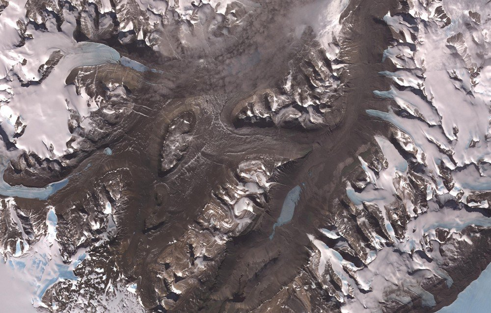 dry-valleys-of-antarctica-as-seen-from-aster-data