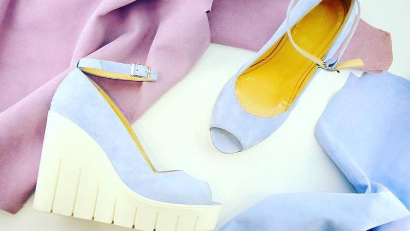 В мастерской делают женскую и мужскую обувь из итальянской кожи  лоферы,  броги, лодочки, босоножки и даже кроссовки. Все изделия изготавливаются  вручную по ... 70468aa51eb