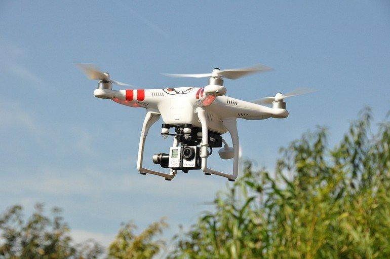 drone-1142182_960_720