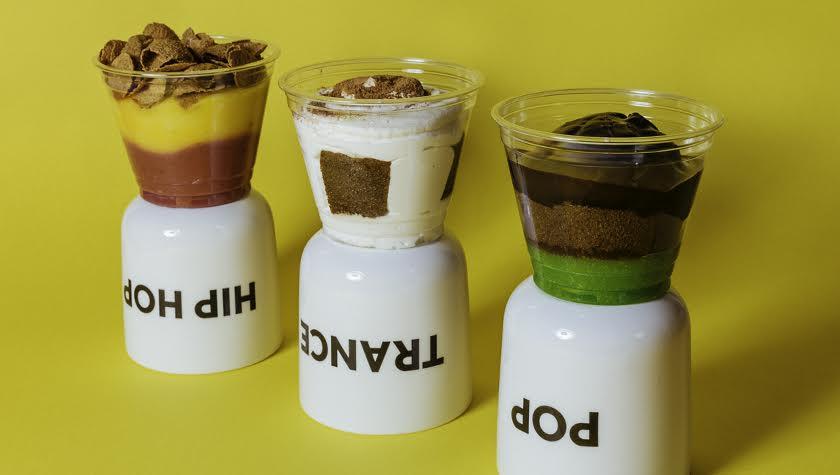 Брауни – 40 грн; бисквит+ром – 50 грн; чиа+манго – 50 грн