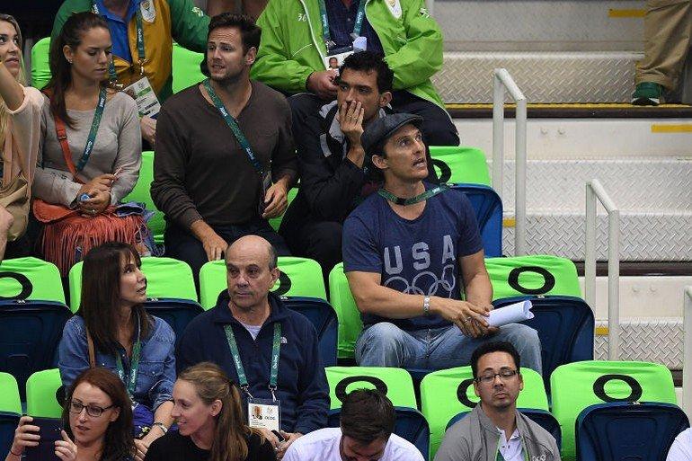 1470922684-syn-esq-1470880579-syn-elm-1470856825-matthew-mcconaughey-olympics-cheering-4