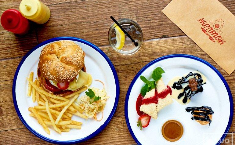 Камамбербургер, сет десертов Café gourmand, имбирно-мятный коктейль