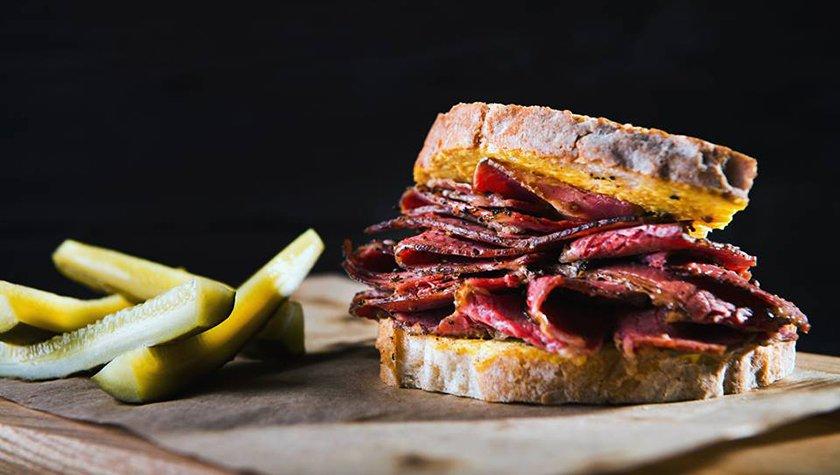 Сэндвич с пастрами — 145 грн