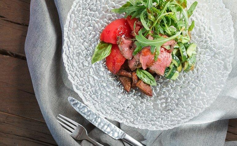 Салат с ростбифом в душистых специях, 145 грн