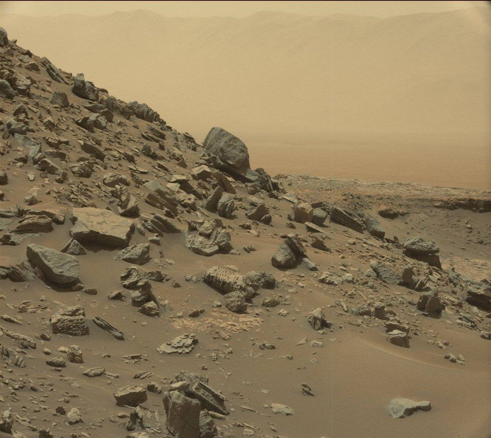 mars-curiosity-rover-msl-rock-pia21041-full2