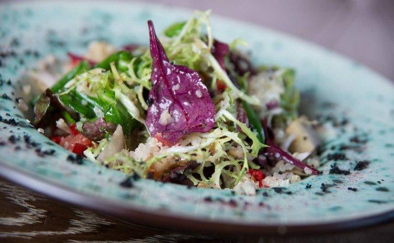 Салат с баклажаном, 80 грн