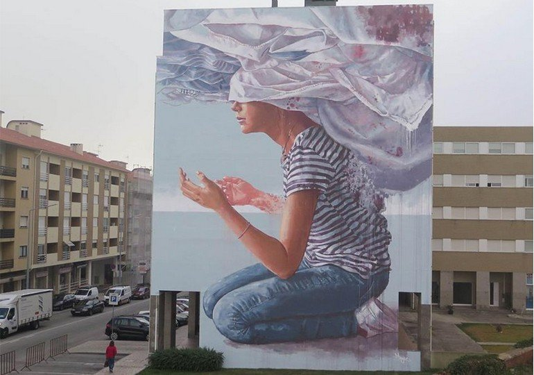 fintan-magee-head-in-the-clouds-portugal