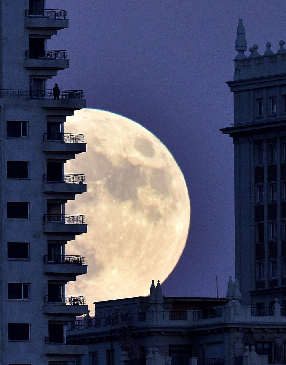 SPAIN-MOON-WEATHER