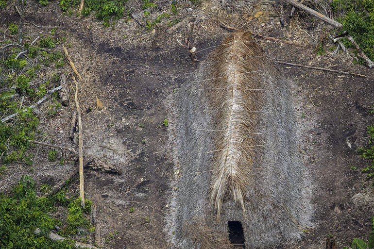 03-uncontacted-tribe-amazon-ngsversion-1482345013837-adapt-1190-1