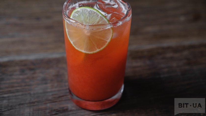 Клубничный лимонад с лаймом – 60 грн