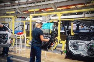 Ford теперь разрабатывает дизайн автомобилей в MR через Microsoft HoloLens