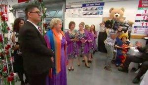 В Австралии пара сыграла свадьбу в супермаркете
