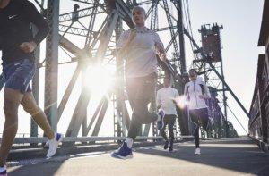 Nike запускает в продажу кроссовки для бегунов, созданные на базе революционной технологии