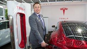 Tesla Model 3 почти полностью перейдет на голосовое управление
