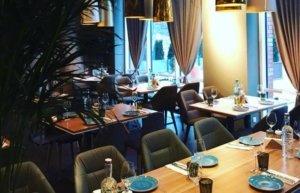 На Печерске открылся ресторан, куда можно прийти только на ужин