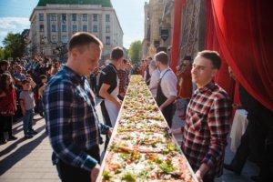 Піца і видовища. У Львові відкрили новий Celentano Ristorante