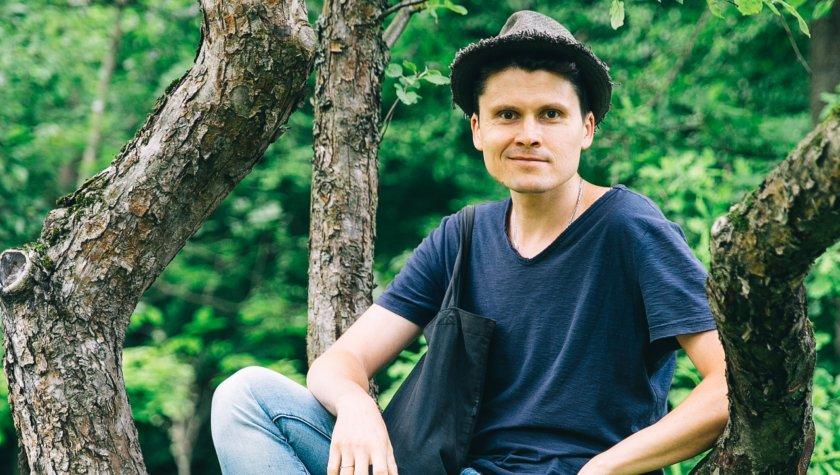 Антон Логов