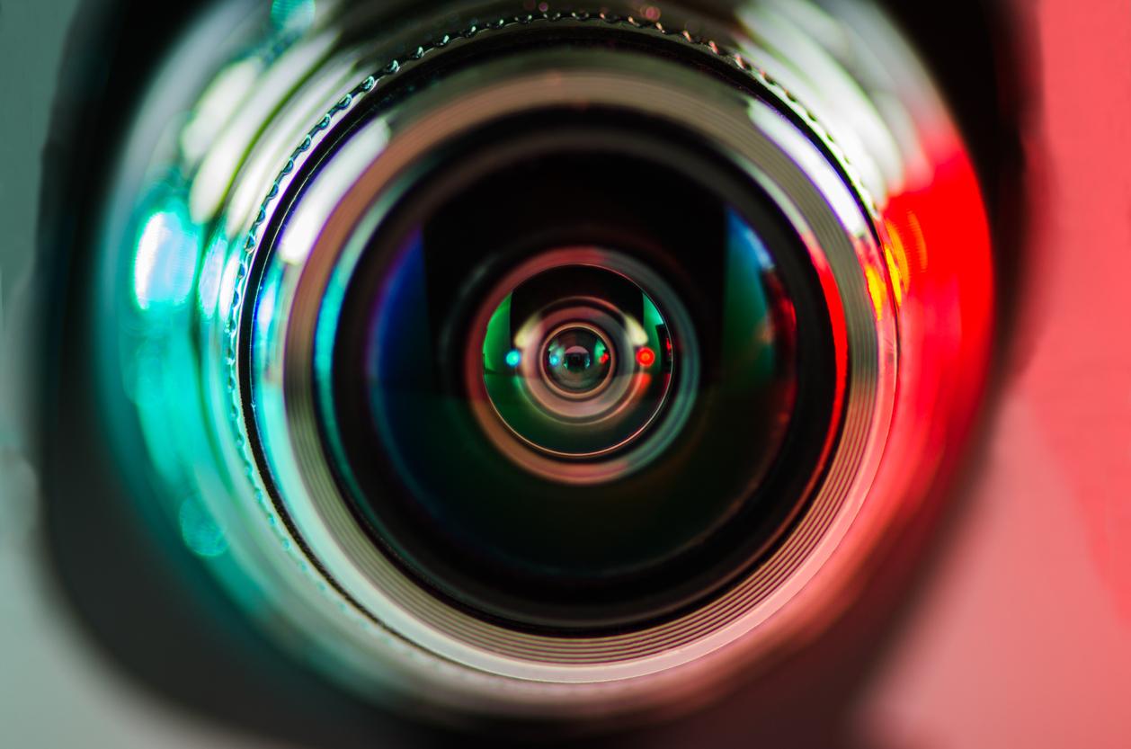 камера спостереження
